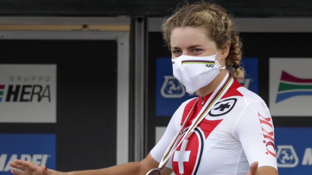 Marlen Reusser, im Bild nach ihrem Gewinn der WM-Silbermedaille im letzten September, freut sich, dass es im Juni auch eine Tour de Suisse für die Frauen gibt