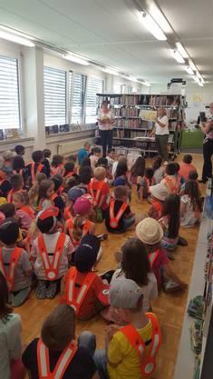 Fast 100 Kinder waren bei der Bekanntgabe des Bilderbuchpreises dabei.