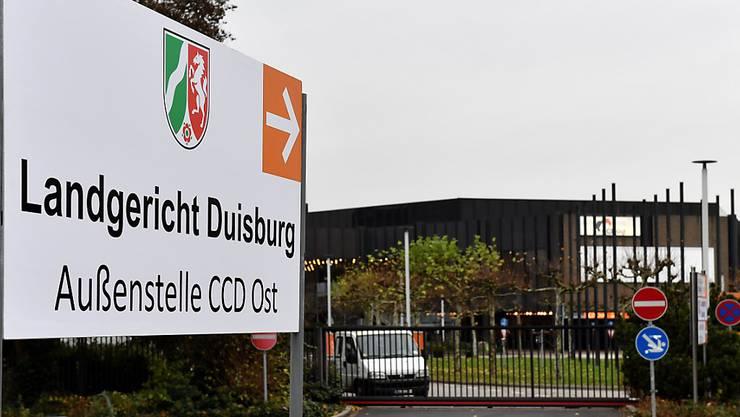 In dieser Halle bei Düsseldorf findet der Loveparade-Prozess statt
