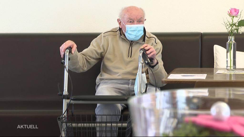 Freude auf Lockerungen: Aargauer Altersheime durchgeimpft