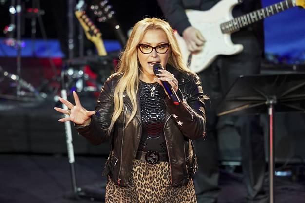 Zuvor hatte US-Sängerin Anastacia die Swiss Indoors mit einem Konzert eröffnet.