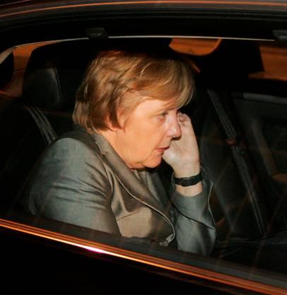 Merkel am Handy