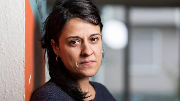 Ausgehorcht:Die katalanische Politikerin Anna Gabriel in ihrem Genfer Exil.