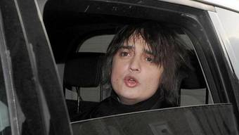 Pete Doherty hat in Berlin ein Auto demoliert