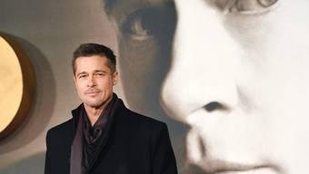 Brad Pitt würde Details seine Sorgerechtsstreits gern unter Verschluss halten. Angelina Jolie ist dagegen und ein Richter hat ihr Recht gegeben. (Archivbild 21.11.16)