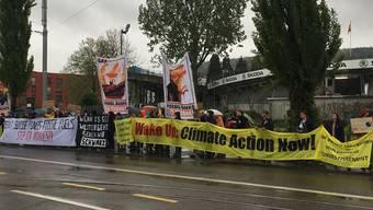 In Oerlikon haben sich heute einige Klimademonstranten eingefunden.