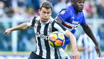 Stephan Lichtsteiner (links) darf auch in der Champions League wieder für Juventus ran