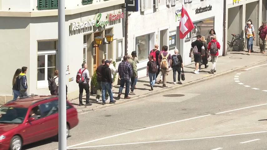 Corona-Demo in Aarau: Polizei kontrolliert Zufahrtsstrassen