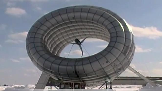 Eine fliegendes Windkraftrad soll dreimal mehr Energie liefern als herkömmliche Windkrafträder.