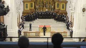 Die Singknaben, hier beim Bettagskonzert in der Jesuitenkirche, bringen kühnste Mittel in Harmonik und Melodik zum Einsatz.
