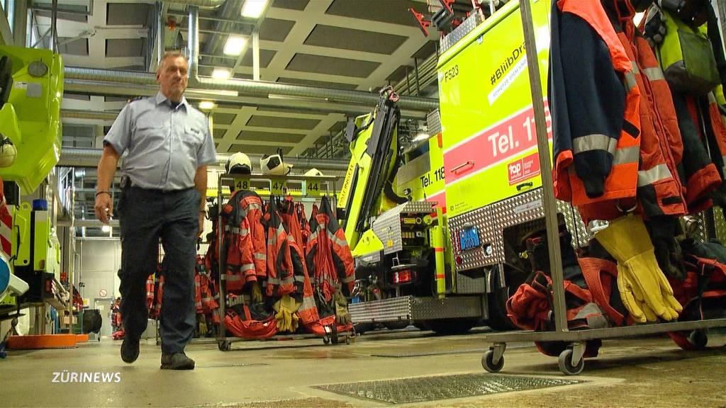 Zürcher Feuerwehrmann geht nach 43 Jahren in den Ruhestand