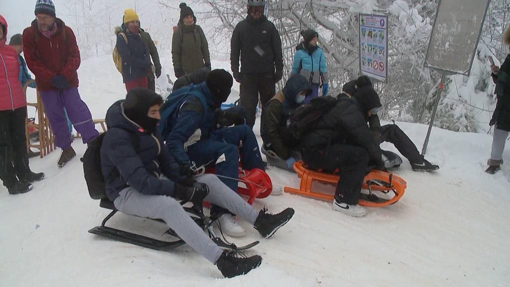 Seltener Ski- und Schlittelspass auf dem Uetliberg, in Dietikon und Bäretswil