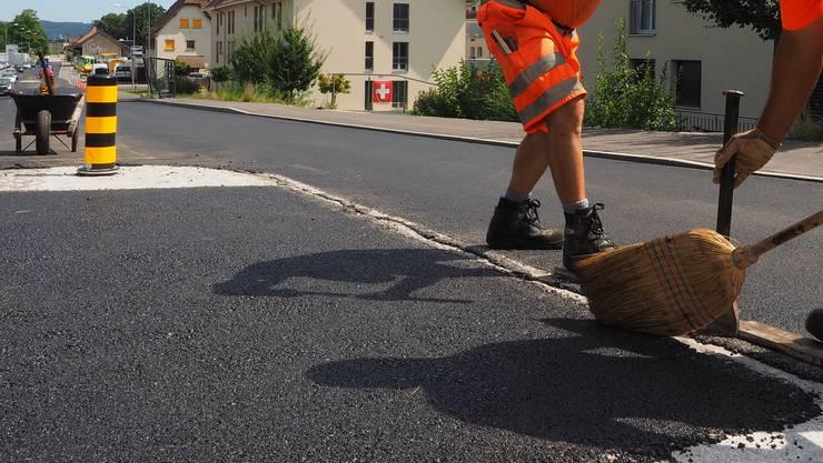 Auch in Dulliken wird die Strasse bald neu gemacht. (Archiv)
