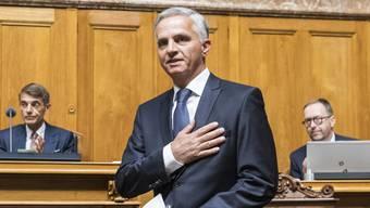 Der Posten von Aussenminister Burkhalter wird frei: Übernimmt Cassis? Oder Berset?