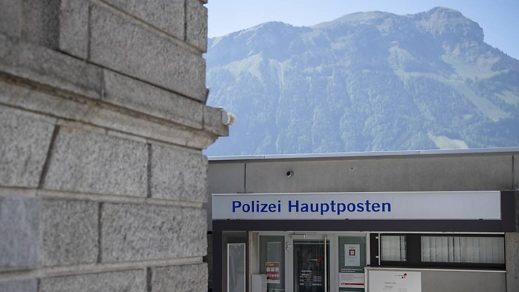 Veranstaltungsverbote für Extremisten in Schwyz