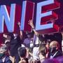 Der Zirkus Knie hat seine - coronabedingt verkürzte - diesjährige Tour durch die Schweiz am Freitag in Bern begonnen.