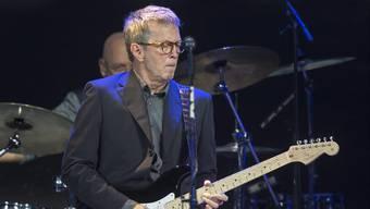 Der Meister der Gitarrensaiten, Eric Clapton, kommt am 5. Juni 2020 nach zwölf Jahren wieder in die Schweiz. Bei dem Konzert im Zürcher Hallenstadion will er auf seine Grosserfolge zurückblicken. (Archivbild)