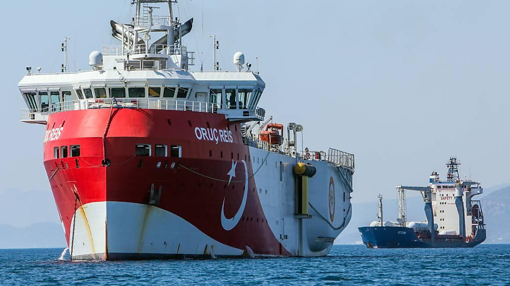Das türkische Forschungsschiff «Oruc Reis» ankert vor der Küste von Antalya.
