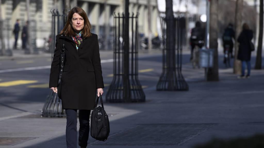 FDP-Chefin Petra Gössi präsentiert Plan B