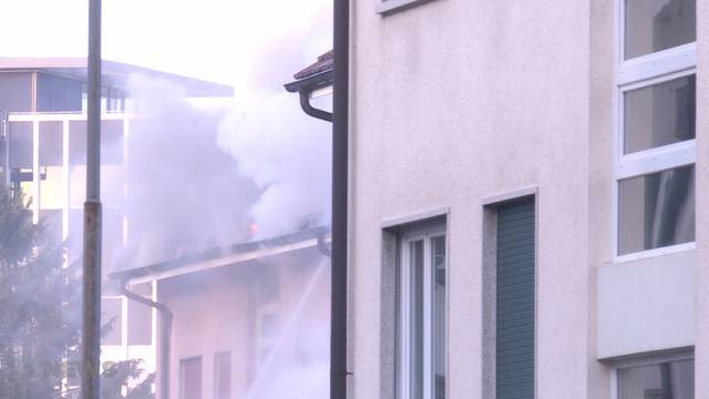 Zum Glück keine Verletzten beim Grossbrand in Bern-Bethlehem