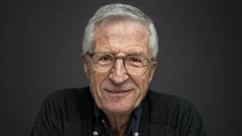 «Glauben Sie denn, es habe sich gross etwas geändert am Thema? Man wirft heute lediglich eine Burka drüber.» – Rolf Lyssy, Filmregisseur.
