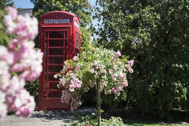 Die originale Telefonkabine aus London wiegt etwa 800 Kilogramm