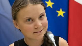 Die Klimaaktivistin Greta Thunberg hat bei einem Auftritt in der Pariser Nationalversammlung in Frankreich ihren erwachsenen Kritikern ins Gewissen geredet