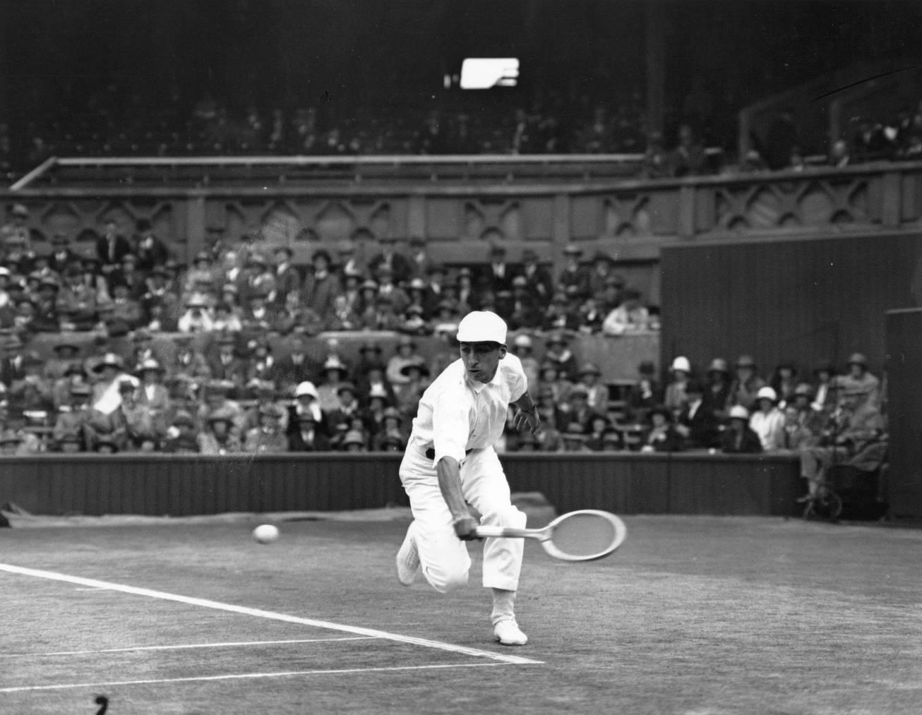 «Das Krokodil» René Lacoste war, neben Bill Tilden, das Männer-Tennis-Idol der 1920er Jahre.
