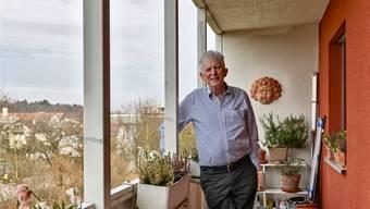 Werner Madörin ist derzeit gesundheitsbedingt eher auf seiner Terrasse in Aesch als auf den Wanderwegen anzutreffen, doch seine Spuren sind überall zu finden. MTO