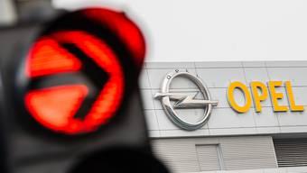 Der Autobauer PSA, zu dem Marken we Peugeot. Citroen oder Opel gehören, leidet schwer unter der Corona-Krise. (Archivbild)