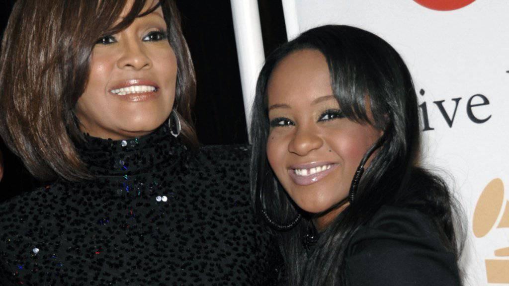 Sind jetzt beide tot: Sängerin Whitney Houston mit Tochter Bobbi Kristina Brown (Archivbild)