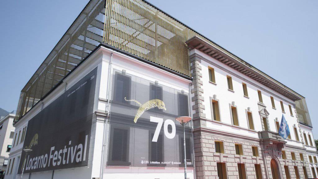 Der Leopard, das Symbol des Filmfestivals Locarno, hat ein neues Zuhause: Im Palacinema wurde am Mittwoch der 70. Geburtstag des Filmfests gefeiert.