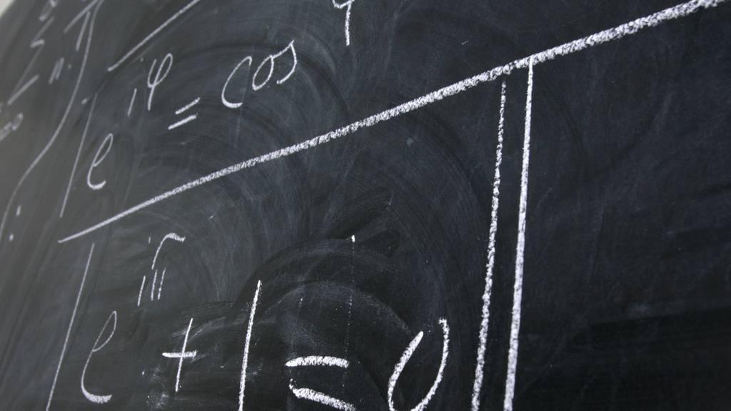 Bedeutend mehr Männer als Frauen studieren Mathematik. (Archivbild)