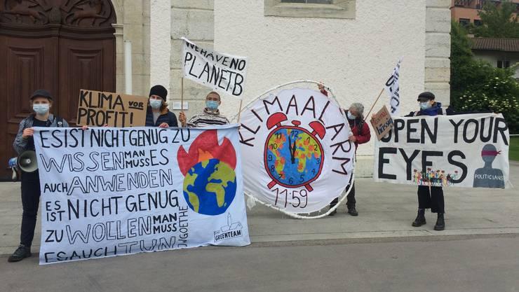 Die Klimaaktivistinnen und -aktivisten in Baden...