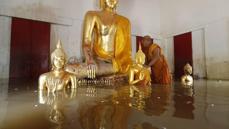Der Monsun-Regen brachte in Thailand verbreitet Überflutungen mit sich. Betroffen ist auch die ehemalige Königsstadt Ayutthaya. (Archiv)