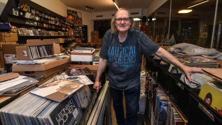 Wer wollte, konnte hier ganze Nachmittage verbringen: Bernie Rotzinger in seinem Store.