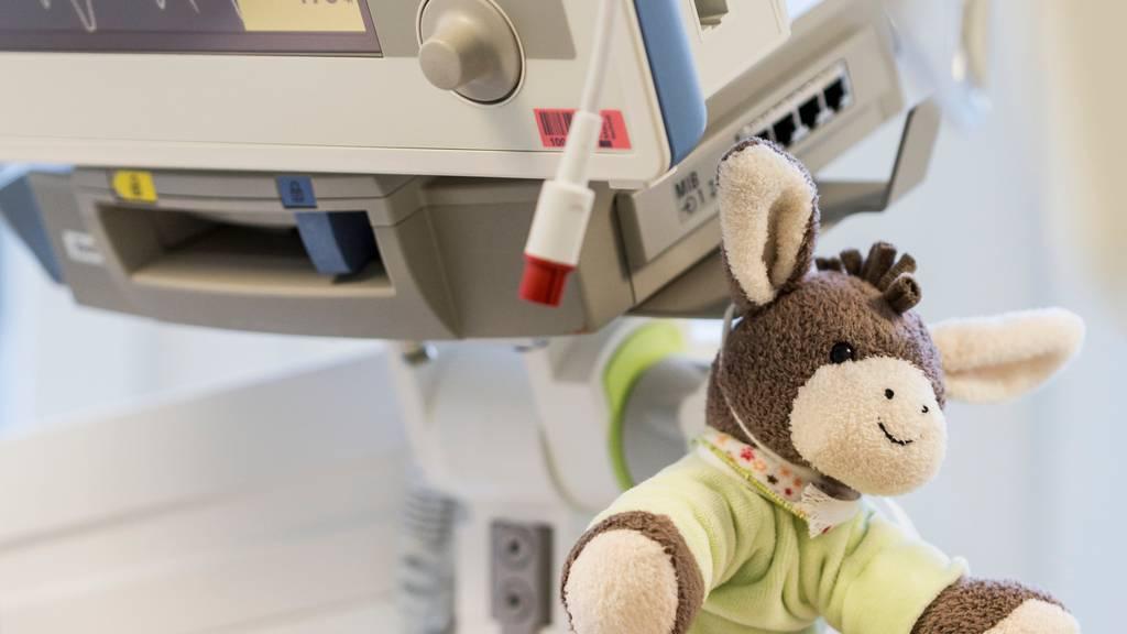 Das Coronavirus bringt in der Schweiz auch Kinder in die Intensivstation
