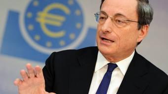 EZB-Präsident Mario Draghi vor den Medien in Frankfurt am Main