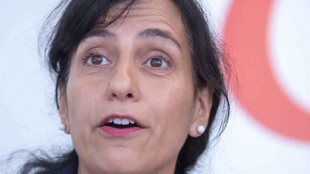 SGB-Vizepräsidentin Vania Alleva betont, dass das Bekenntnis zum Lohnschutz sich nicht gegen Europa richtet. (Archivbild)