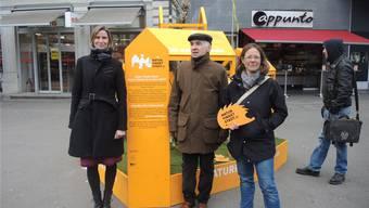 """Barbara Finkenbrink, Georg Schoop und Pascale Contesse stellen das neue Projekt """"Natur findet Stadt"""" vor."""