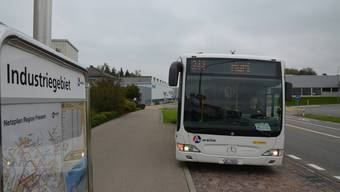 Heute fährt nur der Beinwiler Bus die Haltestellen im Industriegebiet an, er ist aber zeitlich auf die Bedürfnisse der Schülerinnen und Schüler abgestimmt. Mit dem Industriebus wird das Angebot markant besser.