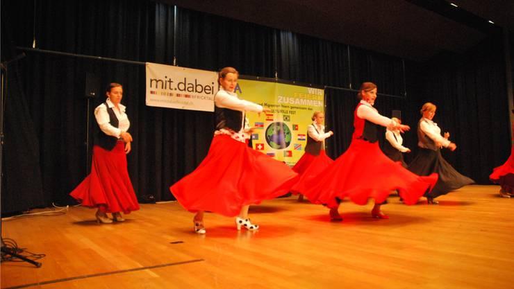 Schöne Tänze begeisterten das Publikum.