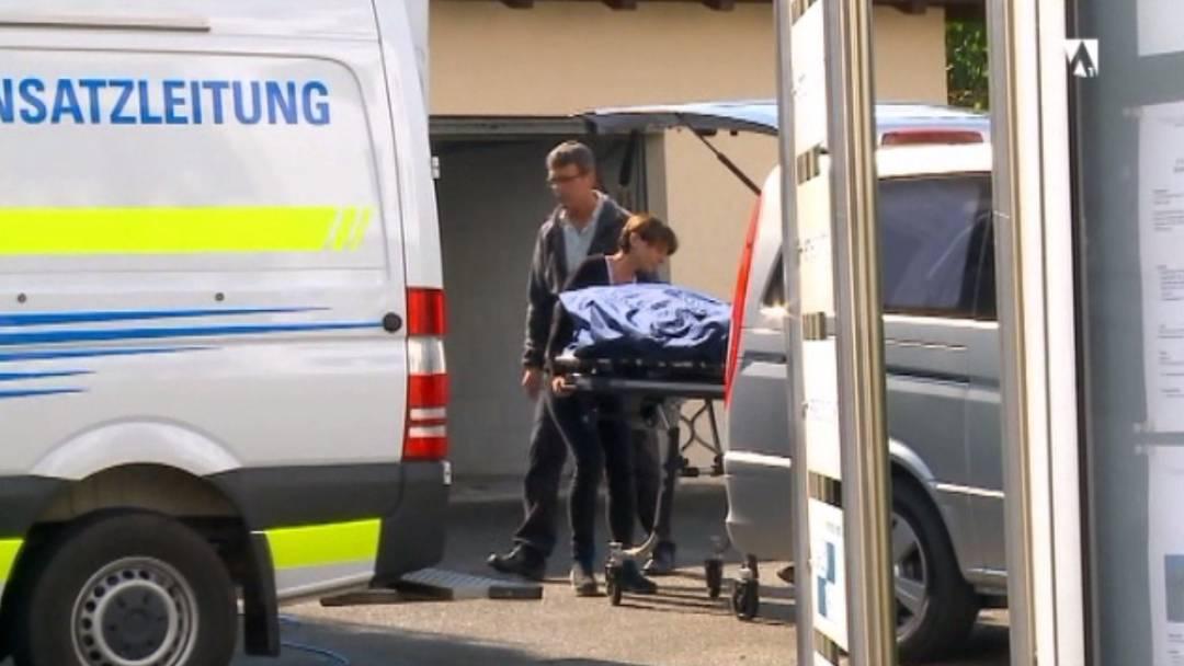 Tötungsdelikt in Fislisbach - Mann sticht Frau auf offener Strasse nieder