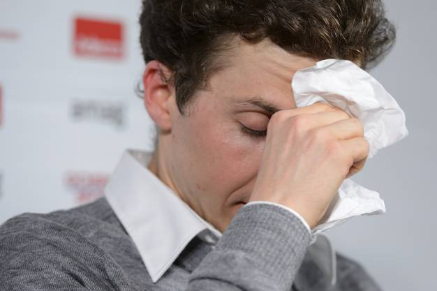Im Februar 2014 erlebt Ammann bei den Olympischen Spielen in Sotschi eine bittere Niederlage. Wenige Wochen, nachdem er bei der Vierschanzentournee bis zuletzt um den Sieg mitkämpfte, passt nichts mehr zusammen: Die Spiele enden in Tränen.