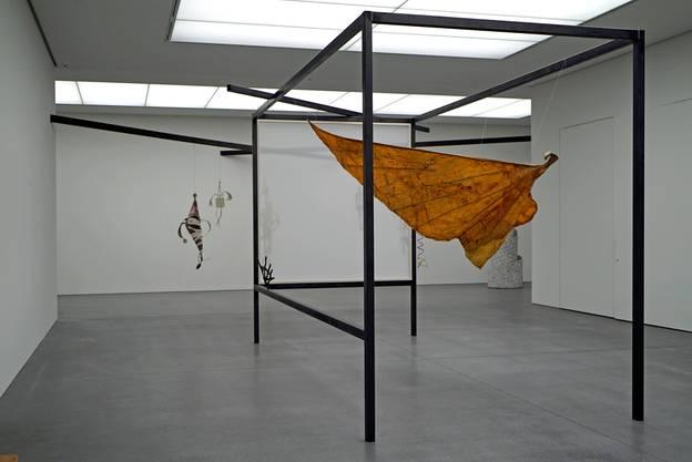 Dieser Flügel ist das einzige Werk von Erica Pedretti in der Sammlung des Bündner Kunstmuseums.