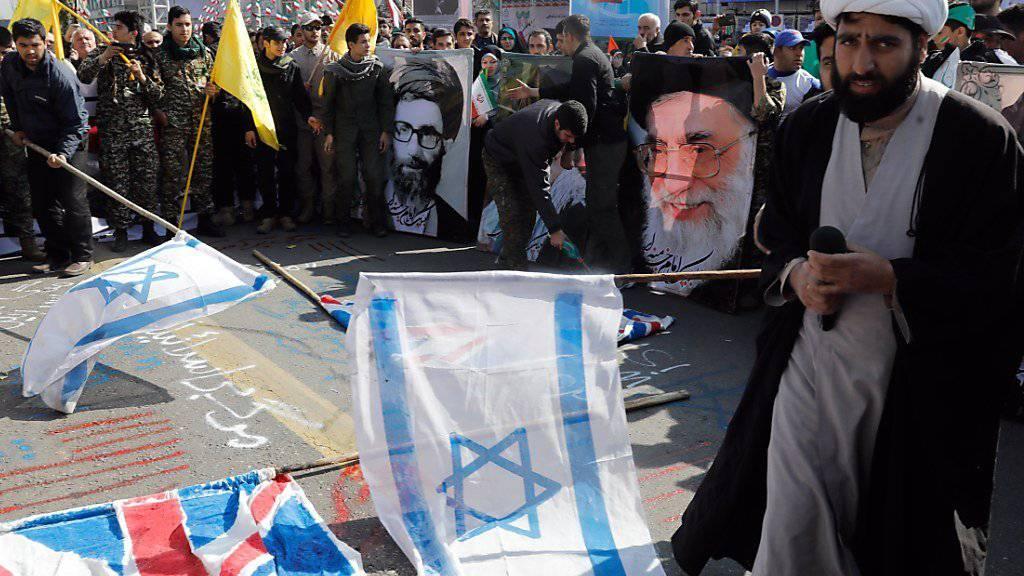 Proteste in Teheran: Der Iran feiert am 11. Februar den Sieg der Islamischen Revolution.