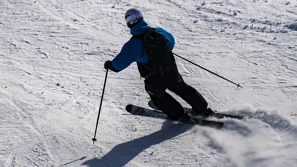 Razzia im Ski-Ort St. Anton: 96 Anzeigen gegen Ausländer
