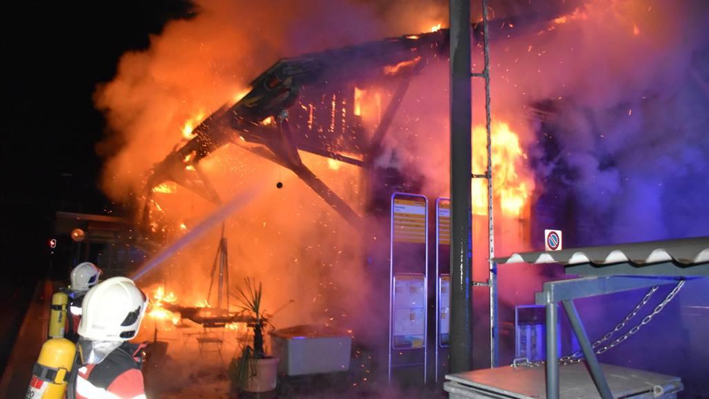 Feuer am Bahnhof Schiers – Güterschuppen abgebrannt