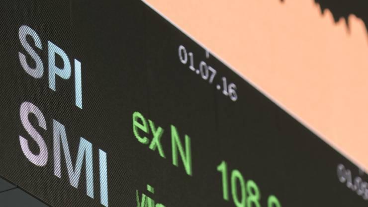 Der Leitindex SMI ist erstmals in seiner Geschichte über die Marke von 10'000 Punkte gestiegen (Archivbild).