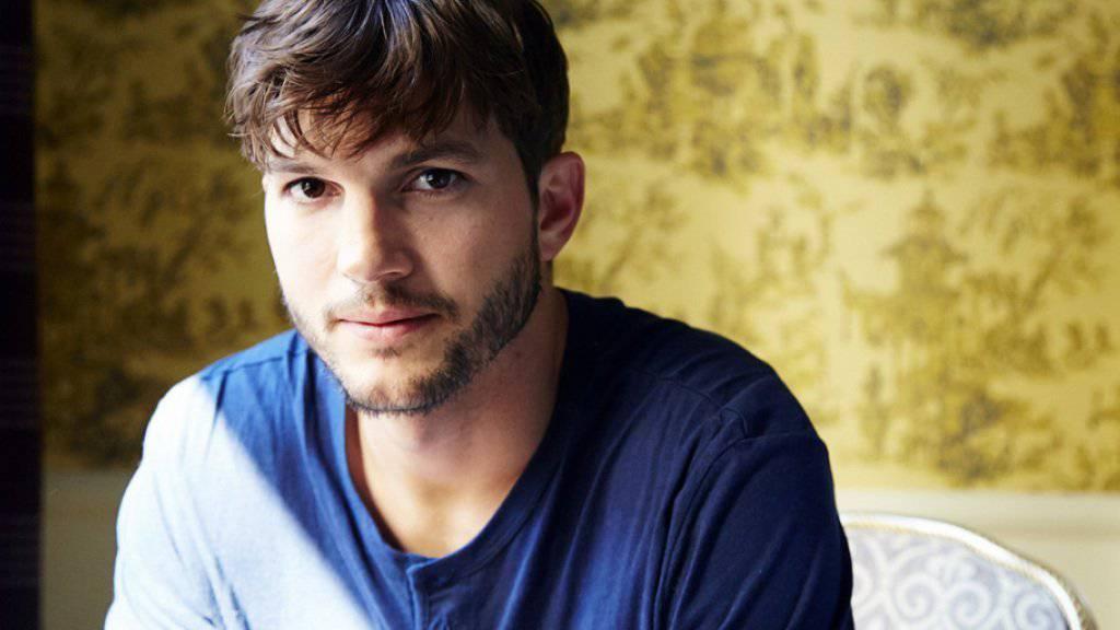 Die wilden Jahre sind vorbei: Seit Schauspieler Ashton Kutcher Vater ist, sind ihm rauschende Partys mit vielen Mädels nicht mehr geheuer (Archiv).